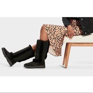 🤩Brand New Ugg Sundance Revival II Tall Boot